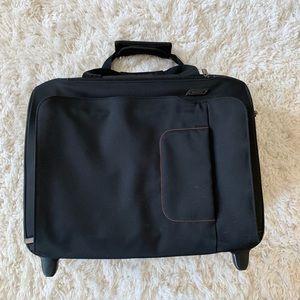 Briggs & Riley Verb Rolling Bag 14x18x8 Canvas EUC